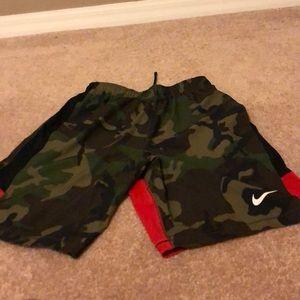 Nike large Nike athletic shorts.nwot.